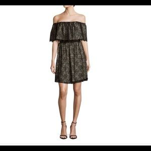 NWT ALICE+OLIVIA Suzy Off The Shoulder Lace Dress